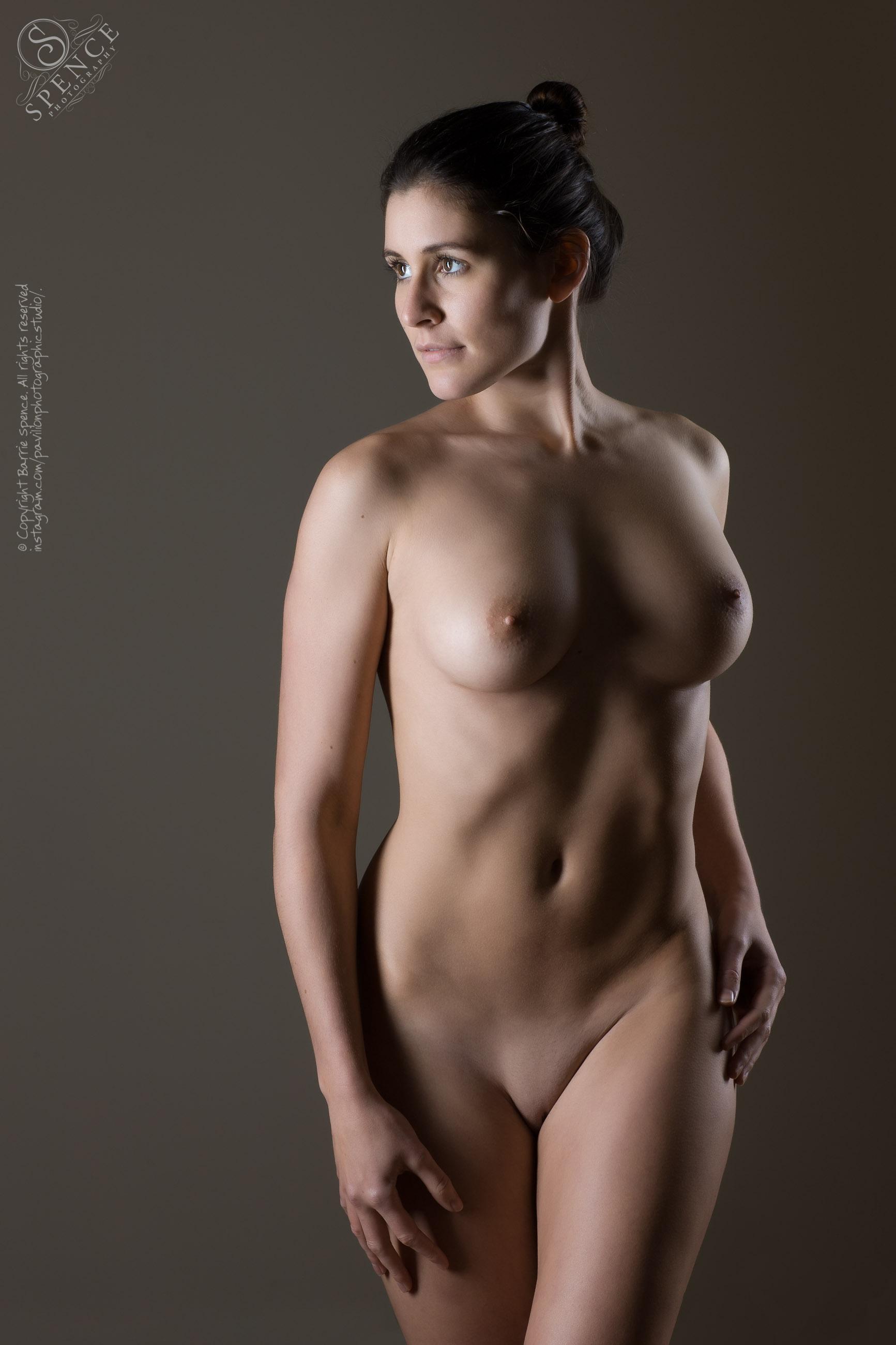 sexy girls in girls locker room nude